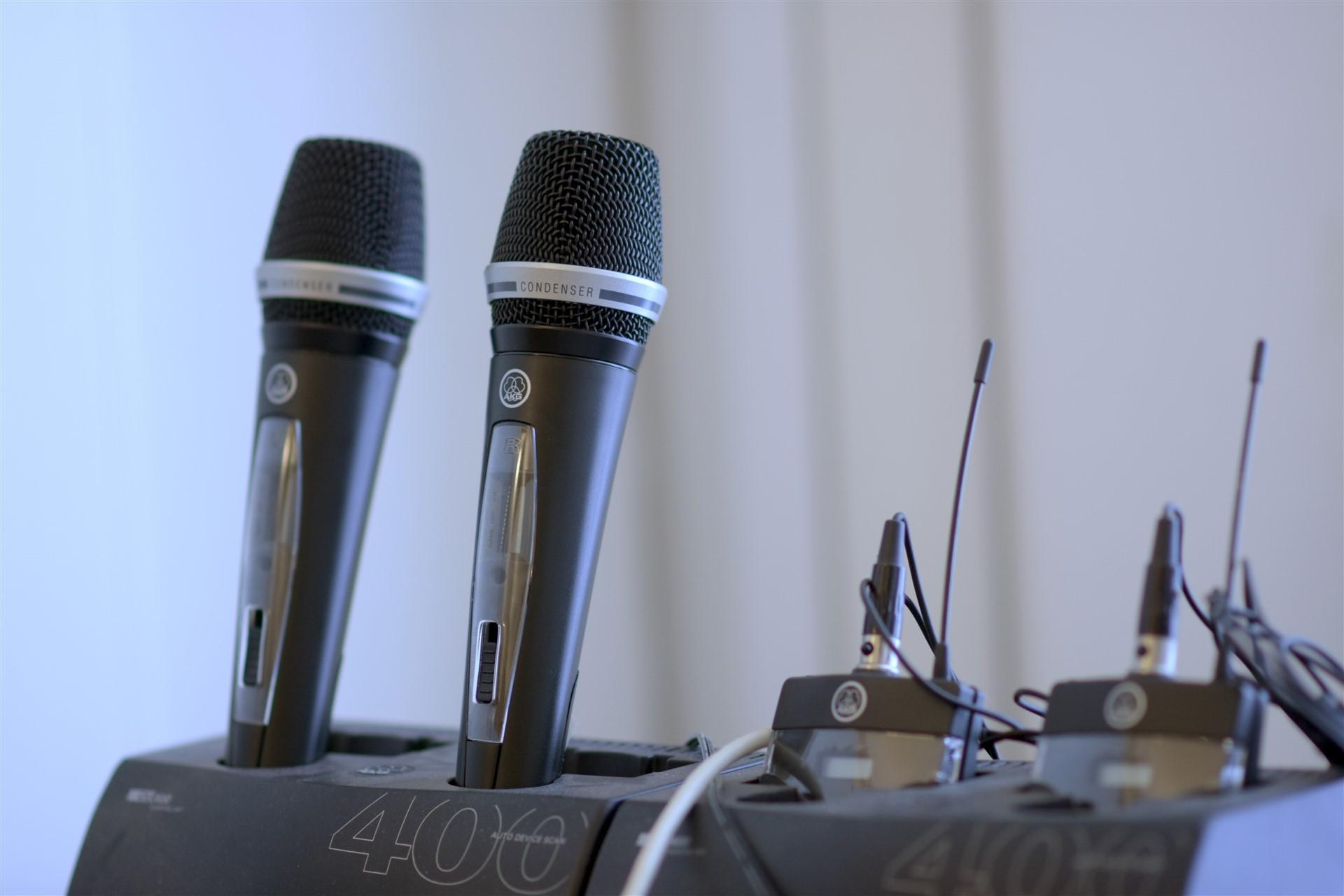 Microfoni wireless di sala